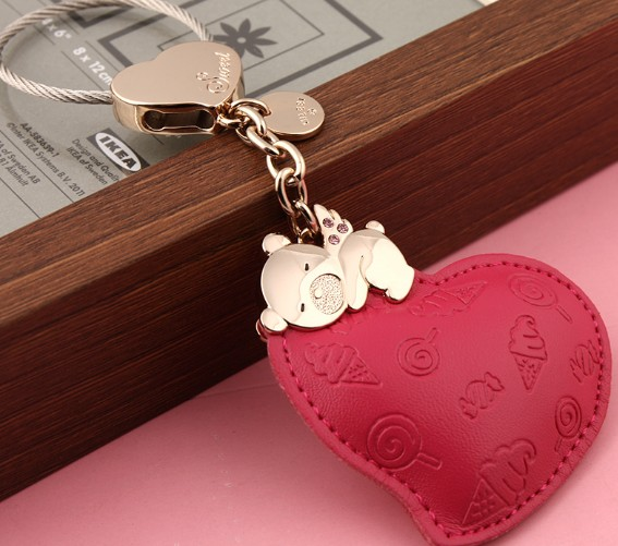 Heart little bear leather keychain