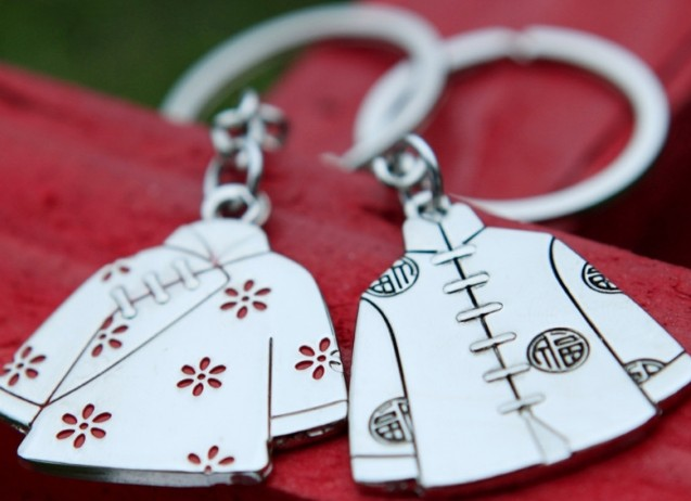 Chinese style clothes keychains