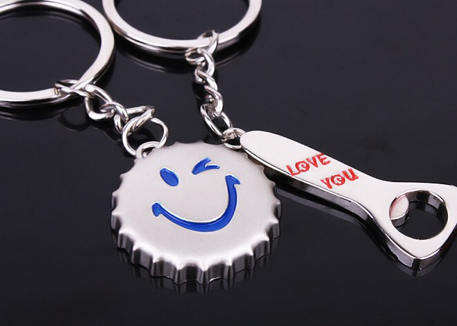 Cartoon smiling face bottle caps couple keychains