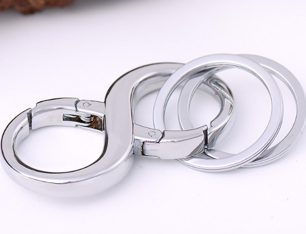 8 shape alloy double ring keychain