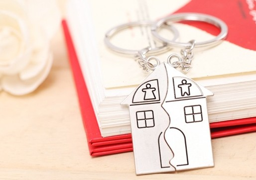 House Couple keychains