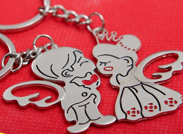 Angel couple keychains