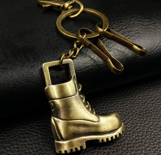 Retro leather boots keychain