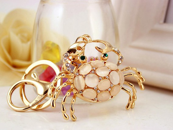 Cat's Eye Crab Keychain